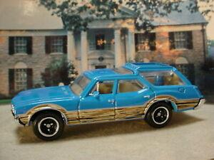 2021 MBX WAGONS Design Exclusive 1971 VISTA CRUISER WAGON☆ blue; dogs☆Matchbox