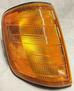 1986-1993 OEM Mercedes Benz W124 300 E CE TE Right Corner Turn Signal Lamp Light