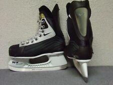 Jr. Nike Quest V8 black ice hockey skates Tuuk Custom+ blade holder size 2D