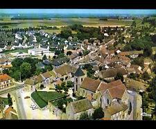 CHAILLY-en-BIERE (77) RESTAURANT , ECOLE , VILLAS & EGLISE en vue aérienne