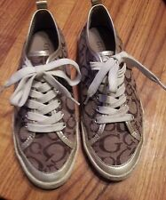 GUESS FASHION SNEAKERS FOR WOMEN IN SIZE 8 TAN AND BROWN CANVAS UPPER GUC