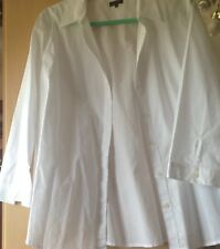 Lovely Ladies White Jaegar Shirt Size 18 Semi Fitted . Great Condition