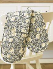 William Morris Pimpernel Cream Floral Oven Glove / Mitt