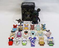 Disney Vinylmation Spectacle Dancing Lights Mickey and 18 mixed Vinylmation pins