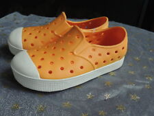 41a7b3b1d50d NEW Toddler Girl Shoe Size 8   OLD NAVY   Orange Water Boat Pool Rubber  Shoes