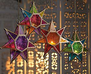 Hanging star glass lantern tea light holder choice of 4 colours-25cm
