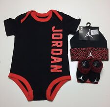 AIR JORDAN Baby 3-piece Gift Set BODYSUIT, Cap, Booties 0-3 Months Black