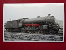 PHOTO  LNER CLASS B1 LOCO NO 61022 SASSABY AT WHITLEY BAY 1955