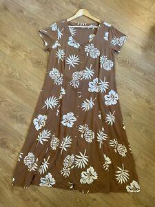VINTAGE SUN DRESS SIZE 16 BROWN & WHITE PINEAPPLE FLORAL HAWAIIAN SUMMER (sd8)