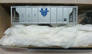 K&D SALE* DELAWARE & HUDSON PS-2 Covered Hopper Car KIT #12141 NIB *Limited