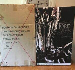 Sideshow Collectibles Premium Format Sauron Lord of the Rings 1/4 Scale Statue