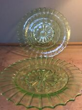 "PRELOVED VINTAGE PALE GREEN 8"" GLASS NIBBLE / SIDE/ SALAD PLATES X 2"
