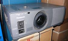 VIDEOPROJECTEUR Panasonic PTL795E