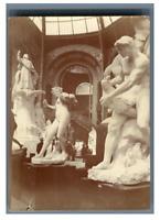 France, Paris, Sculptures à l'intérieur du Grand Palais  Vintage citrate pr