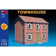 Miniart 72026 - 1/72 Building Diorama Townhouse Scale Plastic Model Kit
