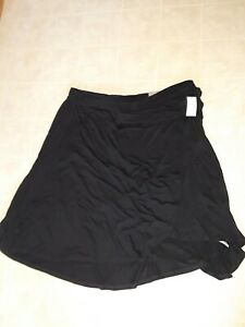 Maurices  NWT Plus Size 1 1X Black Skirt Wrap