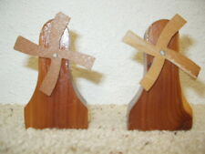 EUC Mitchell South Dakota Salt & Pepper Set Wooden Windmills Souvenir