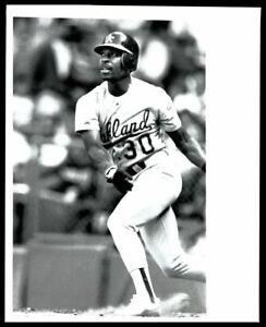 1990 Oakland Athletics WILLIE RANDOLPH Batting Original Photo Type 1
