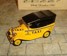 LLEDO - DAYS GONE - MODEL A FORD CAR WITH HOOD -  YELLOW TAXI - BOXED