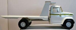Vintage ERTL 1/16 John Deere GMC Tilt Flatbed Service Implement Farm Truck; #594