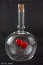 Glasflasche mit Herzen
