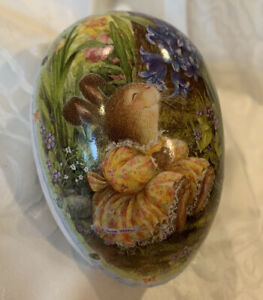 "German Paper Mache 4.5"" Fillable Nesting Easter Egg Bunny Smelling Flowers"