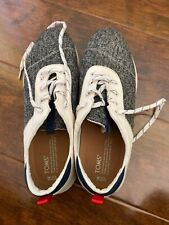 Toms men's shoes size 10.5