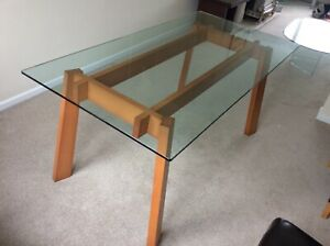 Contemporary Calligaris Glass And Cherry Wood Dining Table And 4 Chairs