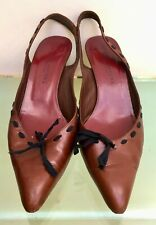 Marc Jacobs woman's Brown Leather Slingback Shoes. Size 39. Made in Italy