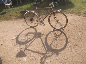 vélo randonneuse Motobécane taille 54