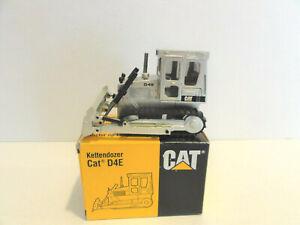 "CAT NZG 205 - Caterpillar D4E Dozer ""35 YEARS PALE GOLD"" - 1:50 - ""NEW"""
