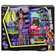 Monster High Clawdeen Wolf Clawesome Pet Salon Playset with Doll - Brand New