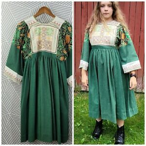Vintage 70s Embroidered Caftan Boho XS Small Dress Bell Sleeve Peasant prairie