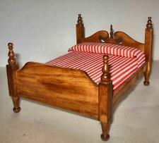 VINTAGE VICTORIAN CHIPPENDALE BED  WALNUT #5269  DOLLHOUSE FURNITURE MINIATURES
