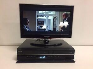 TOSHIBA DVD/VHS COMBO RECORDER HDMI USB DVB  Recorder