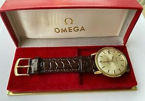 1967 Omega Automatic Constellation Chronometer 14 K Gold top mens watch, cal 564