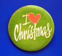Hallmark BUTTON PIN Christmas Vintage I LOVE Heart Holiday PINBACK