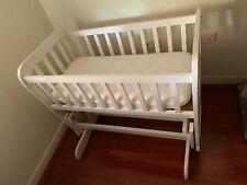 Baby rocking bassinet cradle
