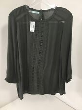 MAURICE'S WOMEN'S CROCHETED OVERLAY BUTTON BACK TOP OLIVE MEDIUM NWT $34
