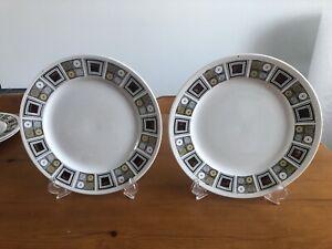 Kathie Winkle Broadhurst Rushstone Dinner Plates (B)