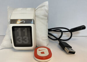 TomTom Nike + SportWatch White GPS Watch w/ Charger & Foot Pod - Tested