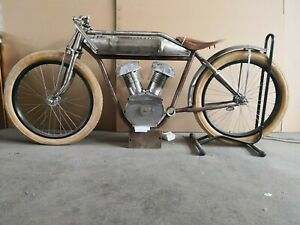 Replica  Indian Board Track Racer 2 inch  complete rolling chase.