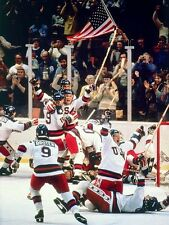 1980 MIRACLE ON ICE TEAM USA VS USSR RUSSIA OLYMPIC HOCKEY 8X10 SPORTS PHOTO