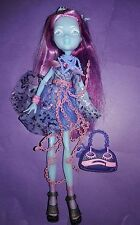 Monster High Haunted Student Spirits Kiyomi Haunterly Doll Outfit Shoes +