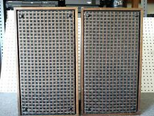Vintage KLH Model Thirty-Two 32 Speakers Cambridge, Mass. Acoustic Suspension