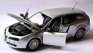 Alfa Romeo 159 Sportwagon Type 939 Estate 2006-11 Silver Metallic 1:24