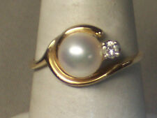 VINTAGE 1980s 14K YELLOW GOLD 6.6 MM PEARL RING WITH DIAMOND ACCENT SIZE 6