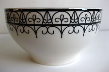 """EUC POTTERY BARN """"BLACK AND WHITE"""" SOUP/CEREAL BOWL 5 5/8 INCHES, Made in Brazil"""