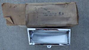 1977 FORD LTD RIGHT SIDE MARKER LAMP. NOS 77