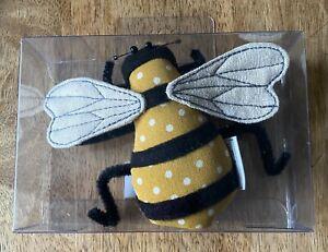 BEE PIN CUSHION Fabulous Design BOXED